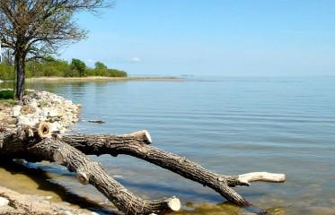 lake-winnipegosis.jpg